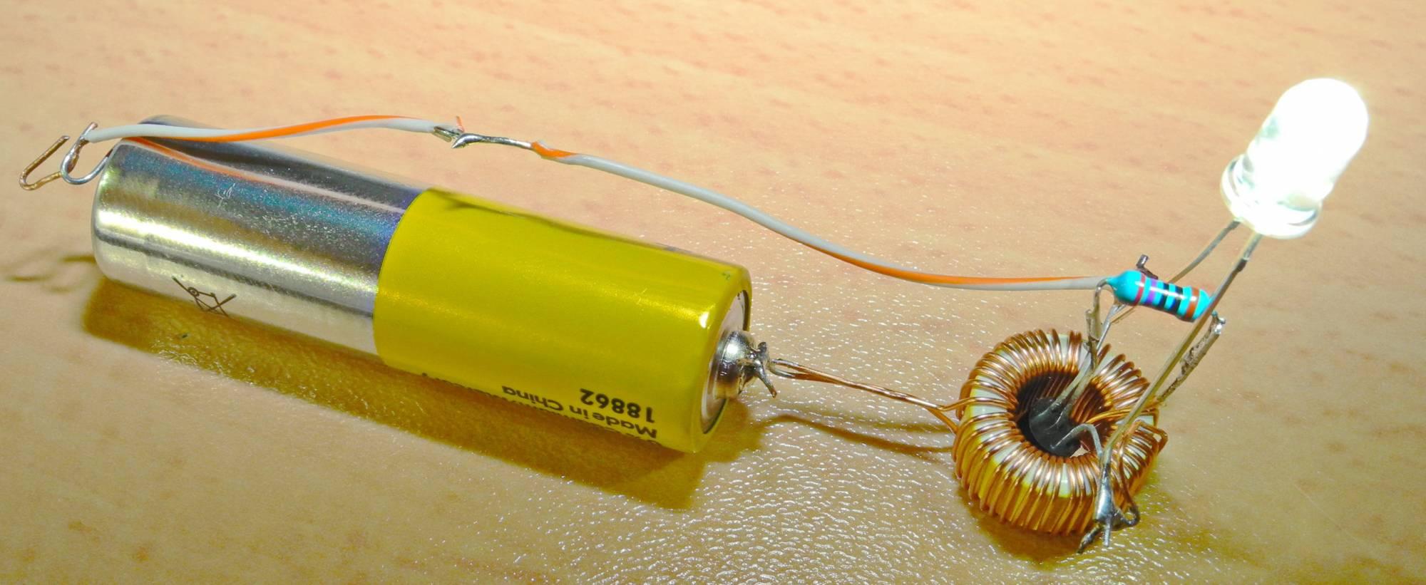 Питание одной батарейкой своими руками 954